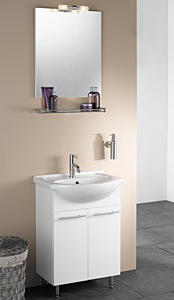 Lamp boven de wastafel maken en spiegel ophangen - Werkspot