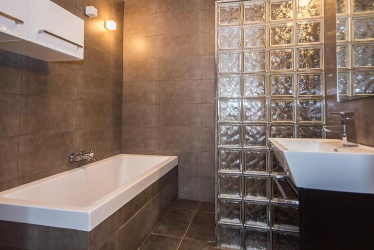 Beton cire stucwerk voor badkamer en keukenblad - Werkspot