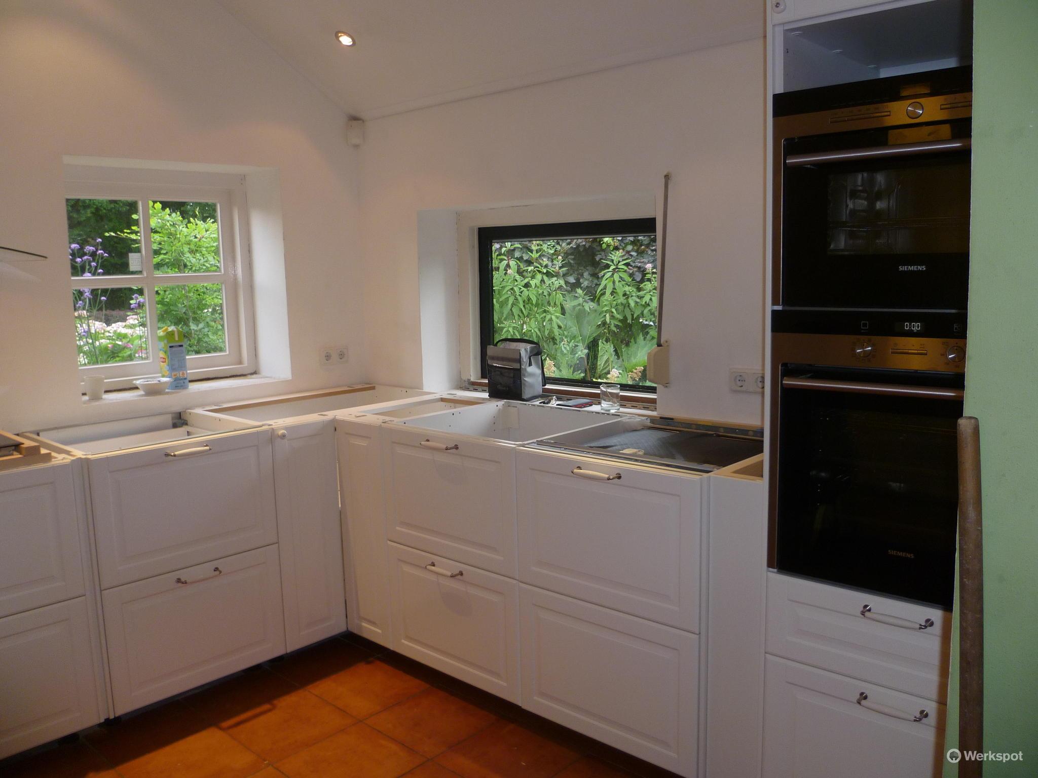 Wand Ikea Keuken : Montage ikea keuken werkspot