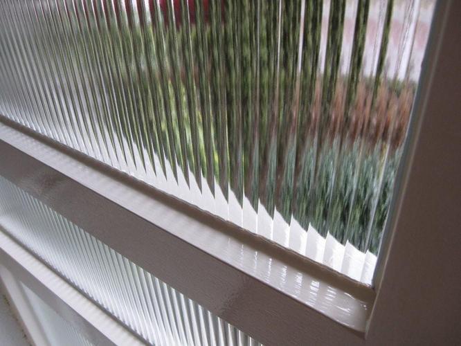 Enkel Glas In En Naast Voordeur Vervangen Door Dubbel Glas