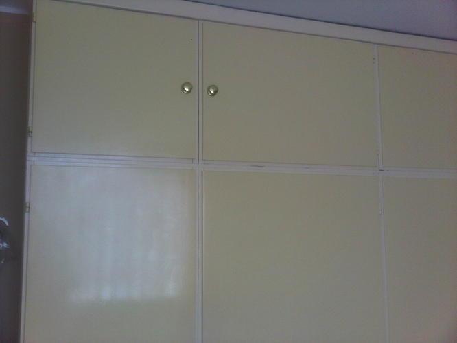 Inbouwkast slopen, muur van gipsblokken bouwen - Werkspot