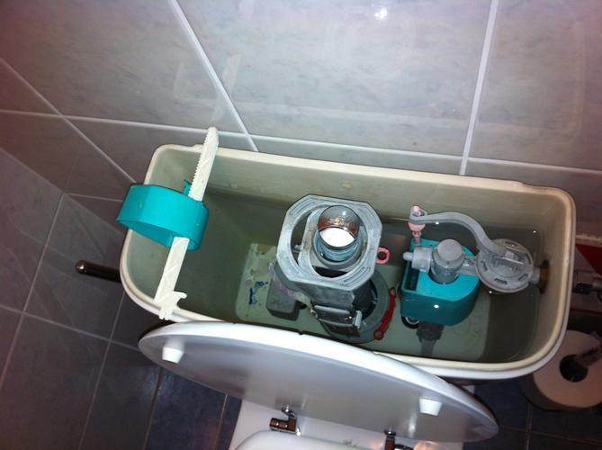 Binnenwerk Spoelbak Toilet : Duoblok binnenwerk repareren werkspot