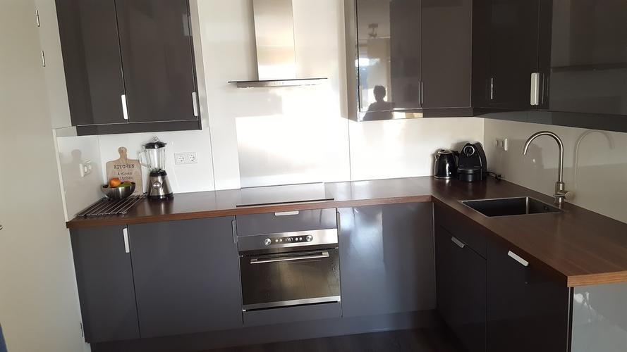 Keukenkastjes Verven Hoogglans : Keukenkastjes verven hoogglans werkspot