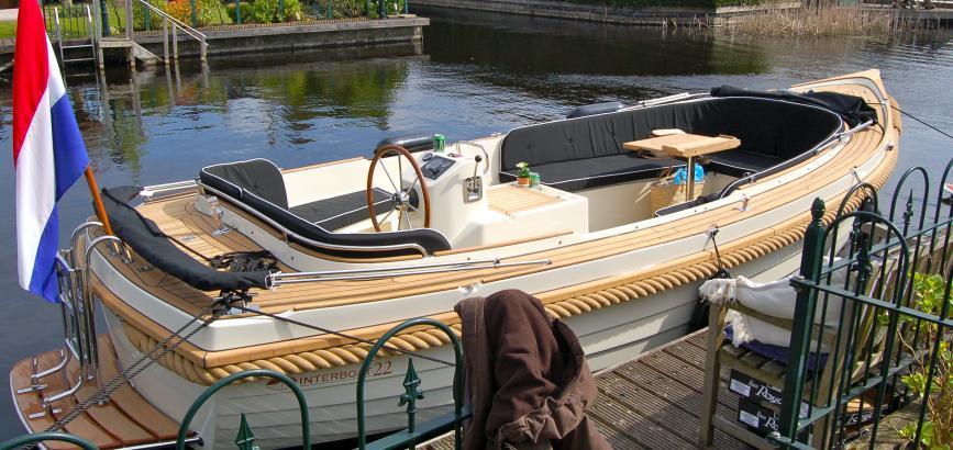 Boegschroef Inbouwen Interboat 22 Sloep Werkspot