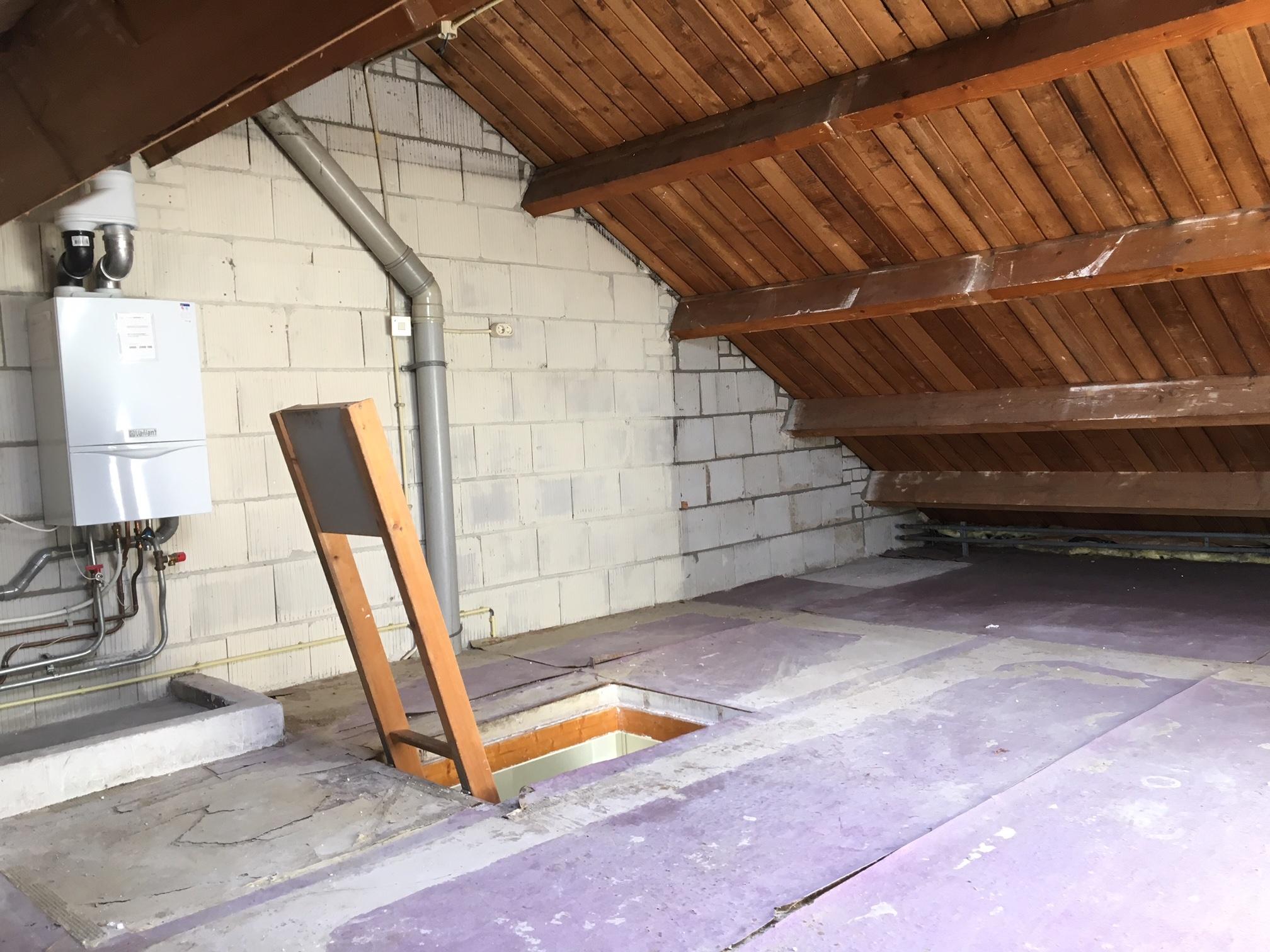 Trapgat in het beton zagen werkspot for Trapgat maken in beton