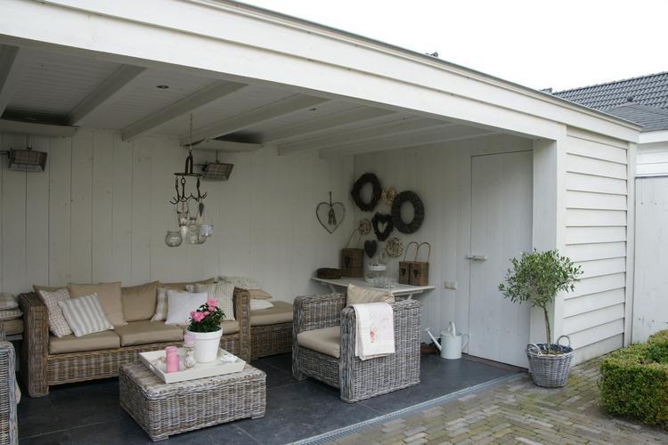 Tuin Veranda Maken : Vrijstaande houten veranda in tuin werkspot