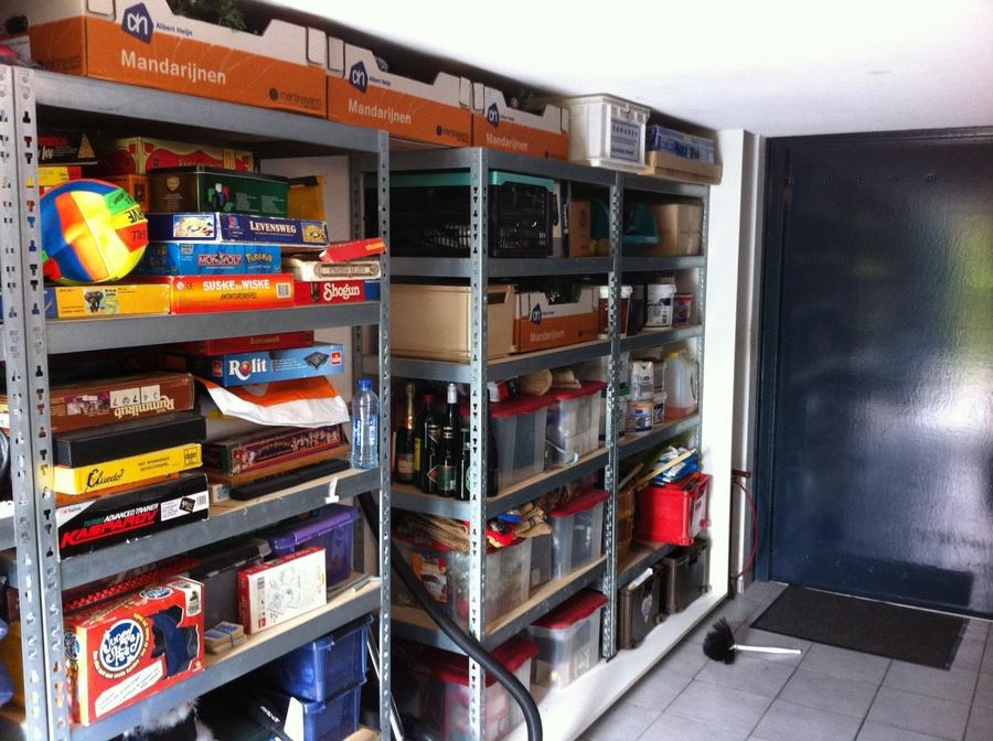 Stellingen Voor Garage.Plaatsing Van Schuifdeuren Voor Bestaande Stellingen In Garage