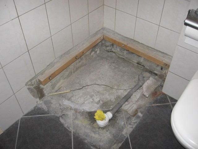 Voorkeur douchebak plaatsen en aansluiten - Werkspot KM16