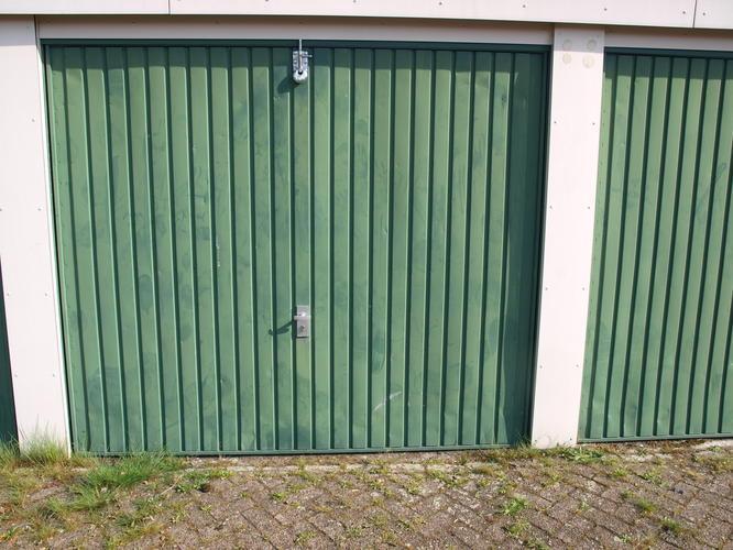 Slot Garage Kanteldeur : Extra slot op kanteldeur werkspot