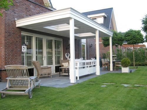 Houten veraande plat dak met lichtkoepels werkspot - Hoe dicht terras ...