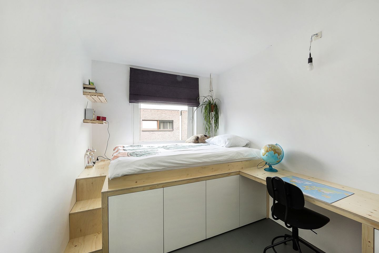 Combinatie bed bureau maken voor jongenskamer werkspot