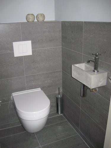 Toilet vernieuwen en betegelen badkamer werkspot - Kaart badkamer toilet ...