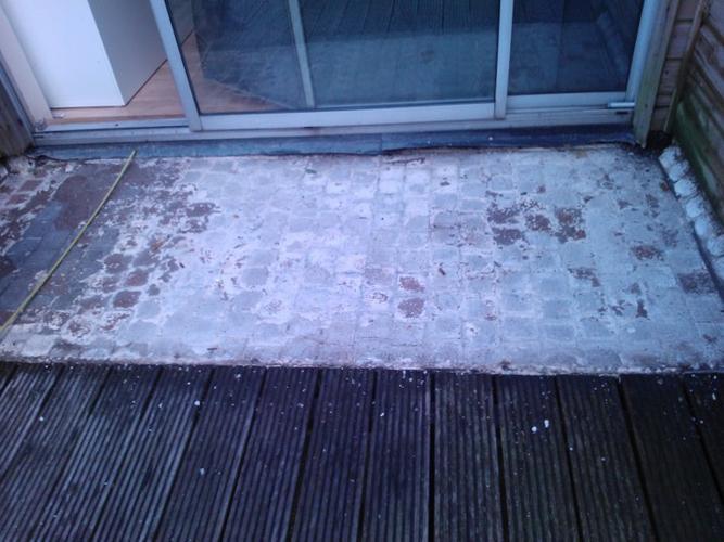 Waterdichte Coating Badkamer : Betonnen balkon egaliseren en afwerken met waterdichte coating