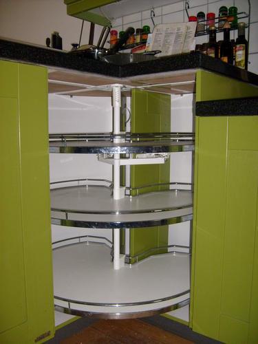reparatie carrousel keukenkastje werkspot. Black Bedroom Furniture Sets. Home Design Ideas