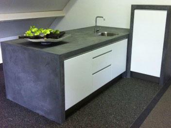 Stucen keuken enz beton cire aanrechtblad kookeiland werkspot