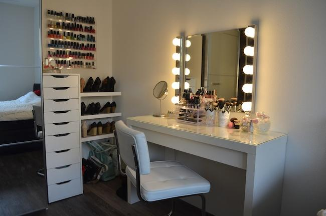 vanity spiegel maken werkspot. Black Bedroom Furniture Sets. Home Design Ideas