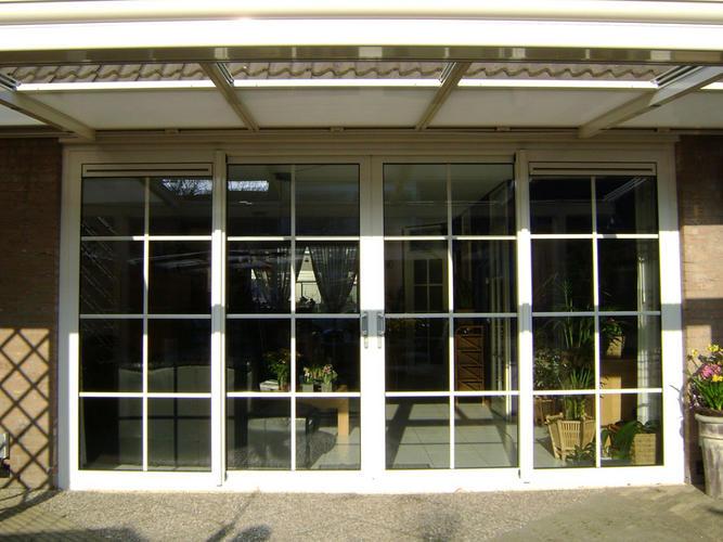 Schuifpui of openslaande deuren plaatsen kozijnen vervangen