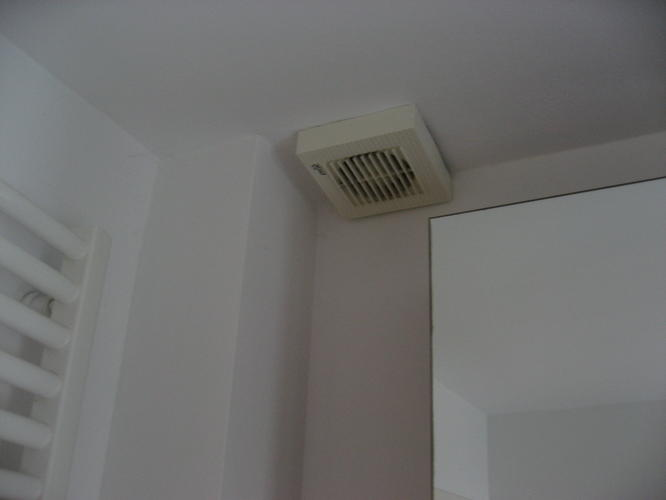 Ventilatie badkamer verstopt - Werkspot
