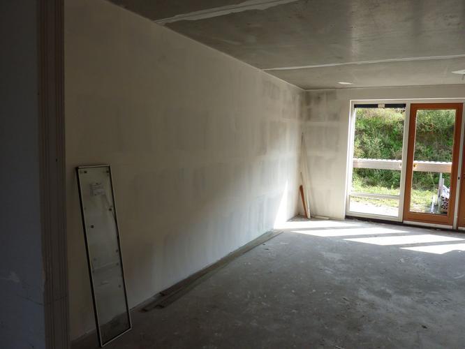 Renovlies behang in nieuwbouwwoning werkspot for Renovlies laten behangen