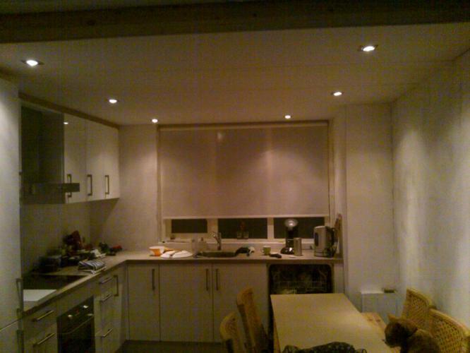 Stucen plafond in keuken werkspot