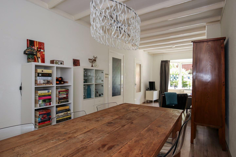 Verwijderen bruinrot en houtworm in kruipruimte & nieuwe vloer