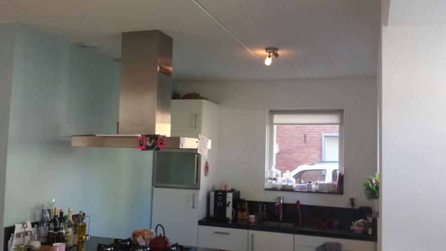 Plafond Afzuigkap Keuken : Verlaagd plafond maken in keuken tbv uitvoer afzuigkap en installer