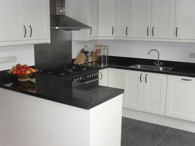 Goede Complete installatie inbouw keuken + voorbereidend werk - Werkspot UP-36