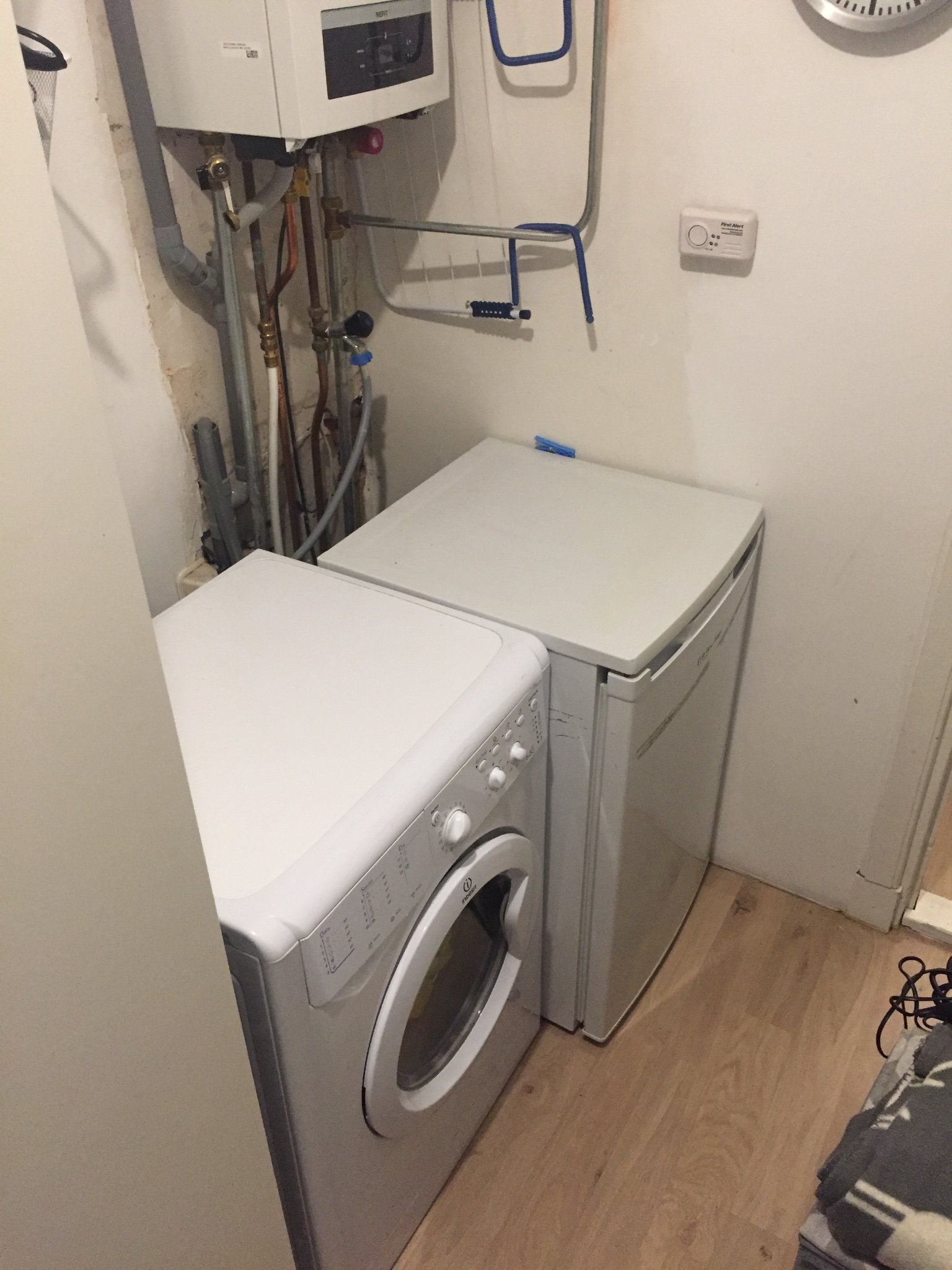 Kast Bouwen Rondom Cv Installatie En Wasmachine Koelkast