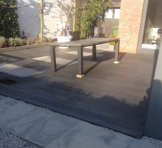 Opnieuw leggen van bestaand composiet terras werkspot for Wat lemmet terras betekent