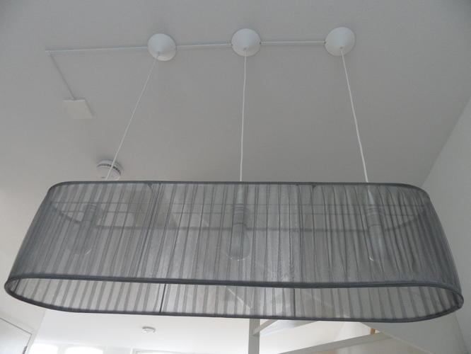 Twee Lampen Ophangen : Lamp ophangen werkspot