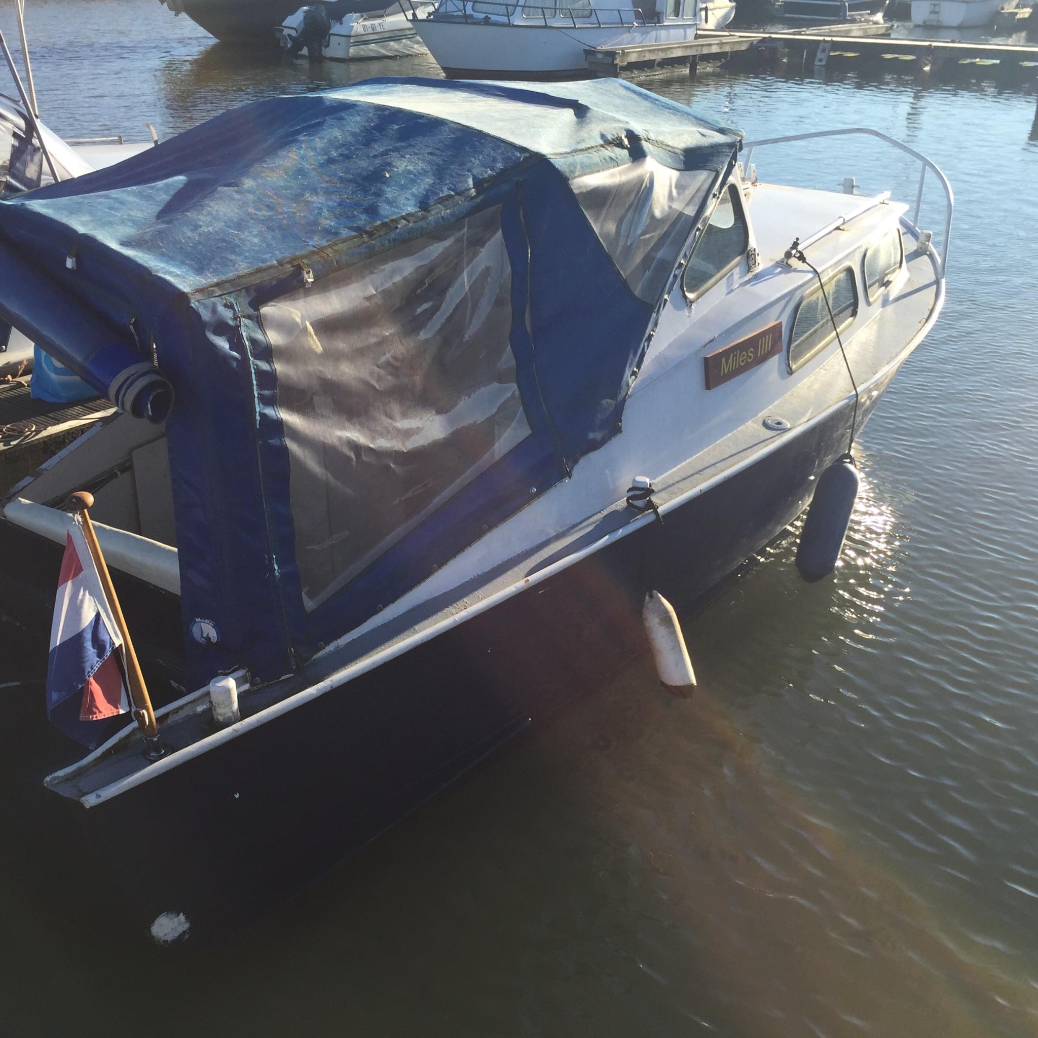Onwijs Motor werkt niet goed klein bootje - Werkspot WV-12