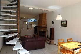 Keuken Met Trap : Keuken badkamer trap vloer en openhaard werkspot