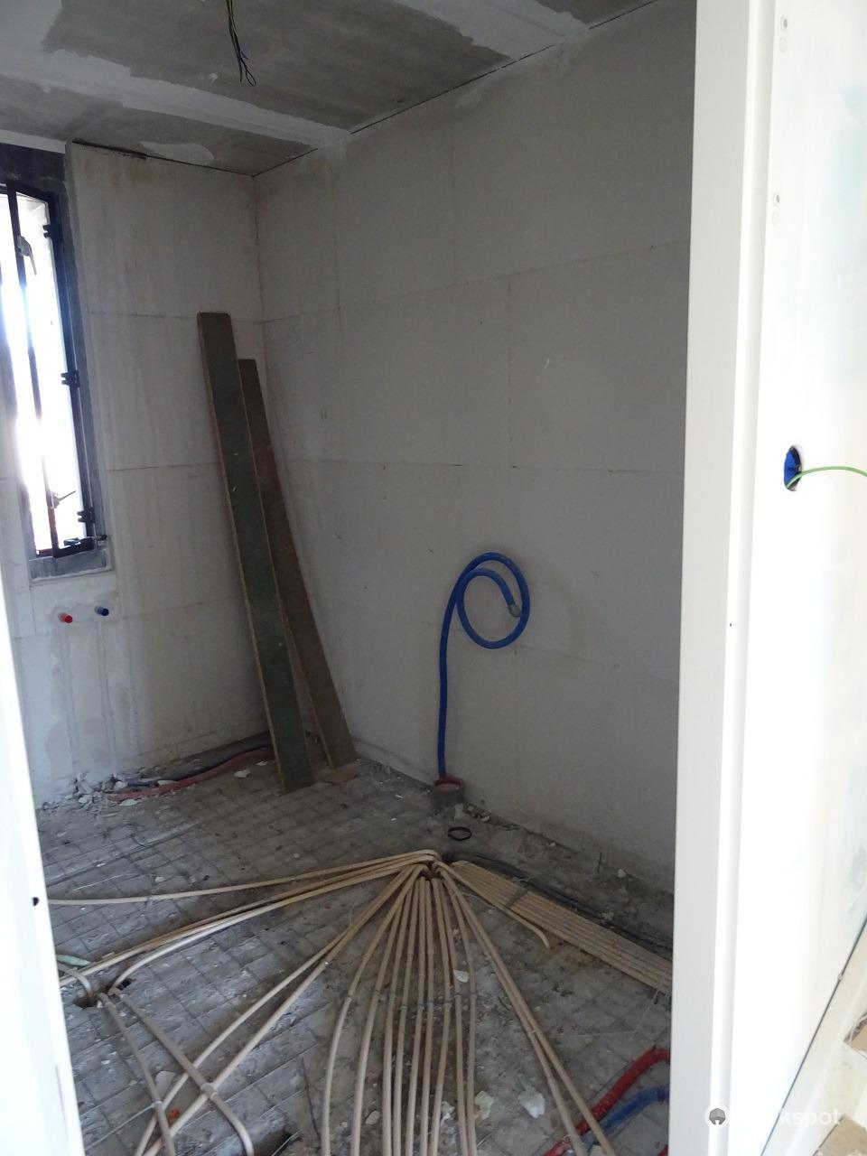 Badkamer & toilet opbouwen in casco nieuwbouwwoning - Werkspot