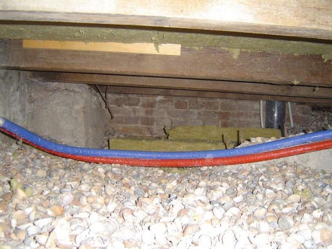 Isoleren houten vloer van ca 56 m2 werkspot for Houten vloer isoleren