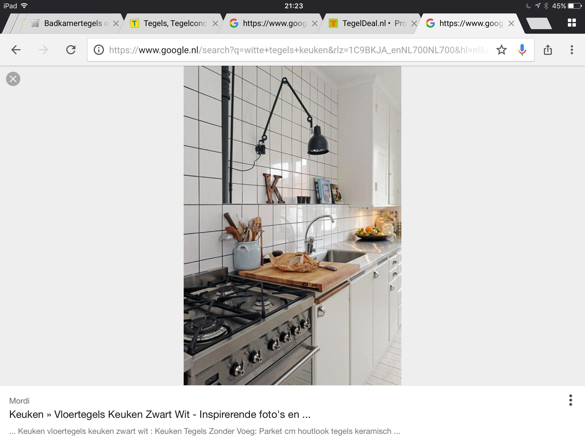 keuken tegels zonder voeg : Keukenwand Tegelen Witte Tegels Donkere Voegen 13×13 Werkspot