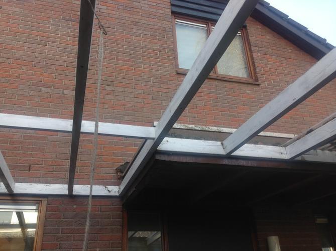 Afdak / carport met polycarbonaat platen - Werkspot