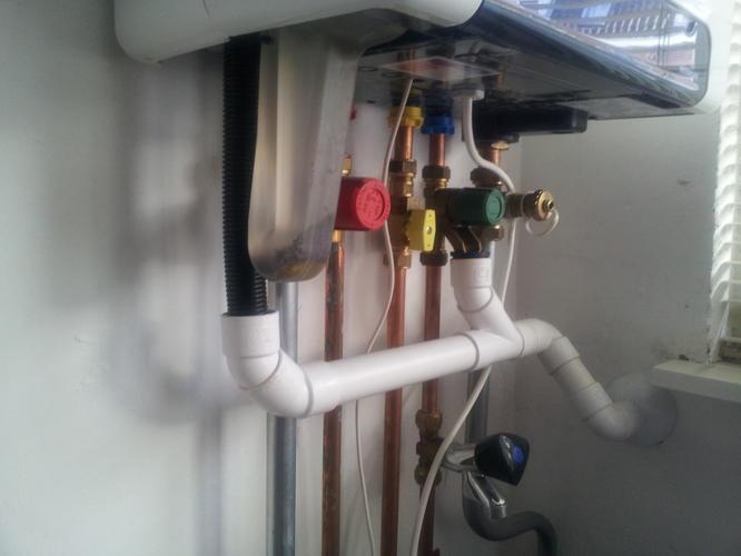 omleggen condenswater afvoer cv ketel