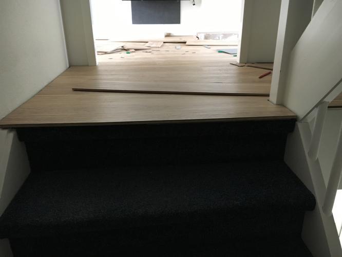 Afwerken trap overgang pvc vloer is al gelegd werkspot