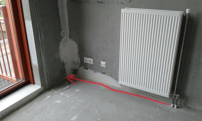Radiator buizen verplaatsen in vloer naar hoek van woonkamer ...