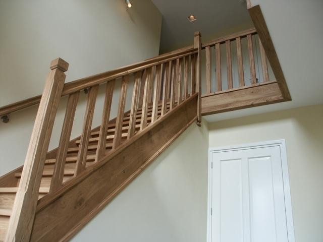 Eiken houten landhuis trap werkspot for Lengte trap