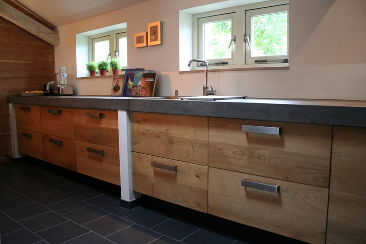 maken van betonnen aanrechtblad werkspot. Black Bedroom Furniture Sets. Home Design Ideas