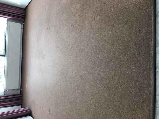 Vloerbedekking en zeil verwijderen uit appartement met 2 slaapkamers ...