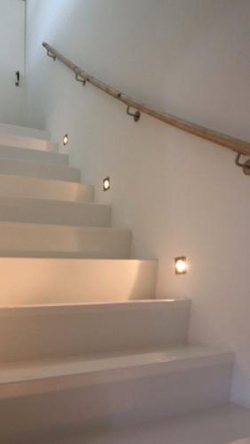 Led verlichting beton muur trap - Werkspot