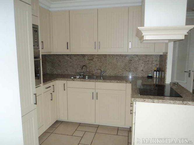 Demonteren u keuken met granieten werkblad werkspot