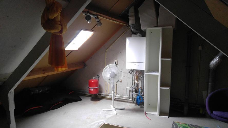 dakkapel   vaste trap naar zolder in plaats van vlizotrap