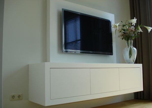 Onwijs achterwand tv met tv meubel maken - Werkspot BF-71