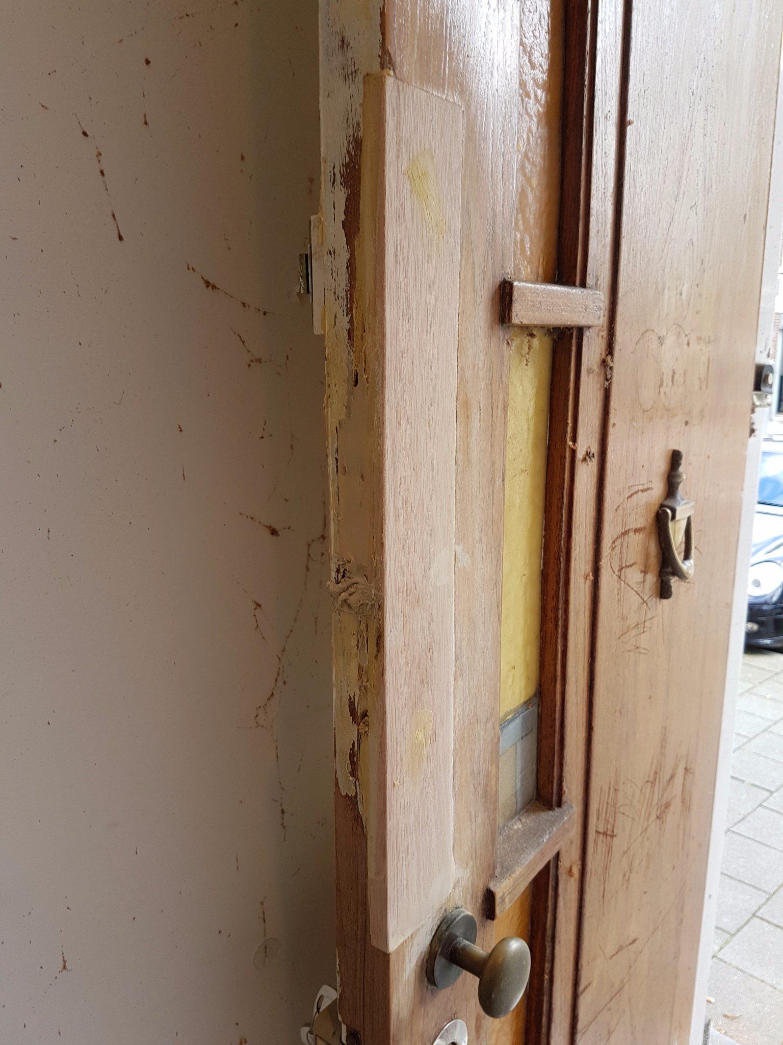 Vaak Herstel deur en nieuw slot plaatsen - Werkspot IX46
