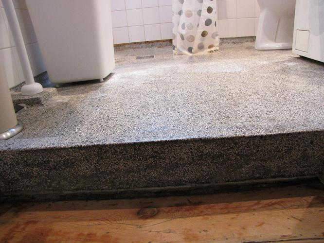 Afvoer badkamer vloer vloer voor inloopdouche parket of laminaat in de badkamer lange - Badkamer vloer ...