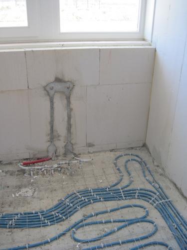 Betegelen en inbouwen badkamer en toilet casco nieuwbouwwoning ...