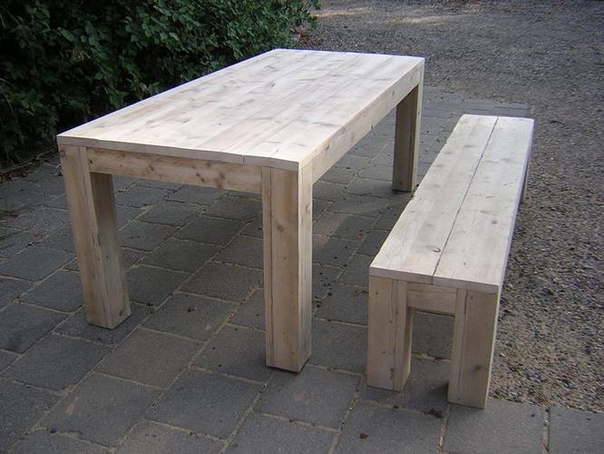 Steigerhouten dressoir tafel en bankje werkspot for Steigerhouten eettafel bank